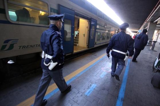 La Polizia Ferroviaria in azione (immagine di repertorio)