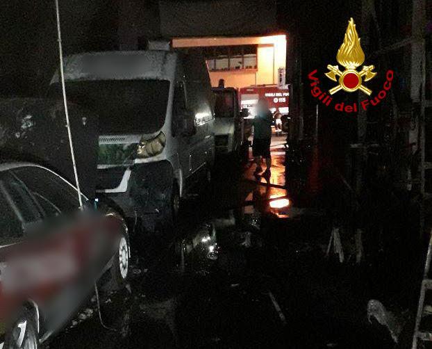 autofficina incendiata a Marghera