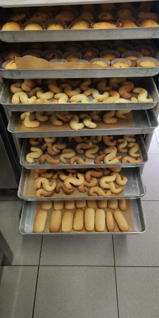 Tipici biscotti veneziani appena sfornati
