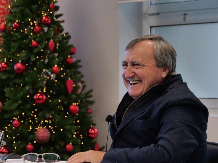 Luigi Brugnaro durante la conferenza di fine anno