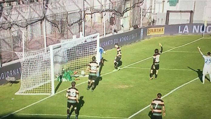 Il goal-partita di Ayé