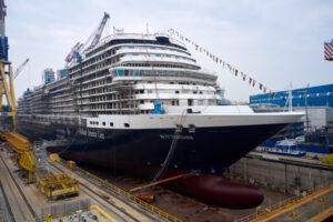 La nave Rotterdam in Fincantieri