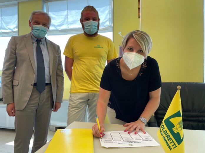 L'Onorevole Sara Moretto firma la petizione dei Giovani Agricoltori